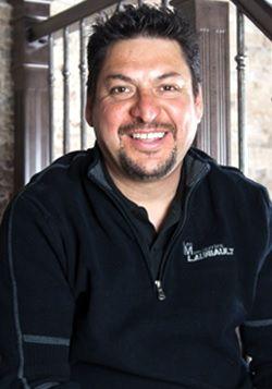 Arturo Colin